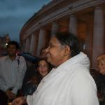 Amma erklärt gemeinsam mit Papst und Vertretern verschiedener Glaubensrichtungen Engagement für die Abschaffung moderner Sklaverei