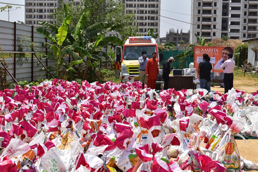 Spenden für Bedürftige in Delhi