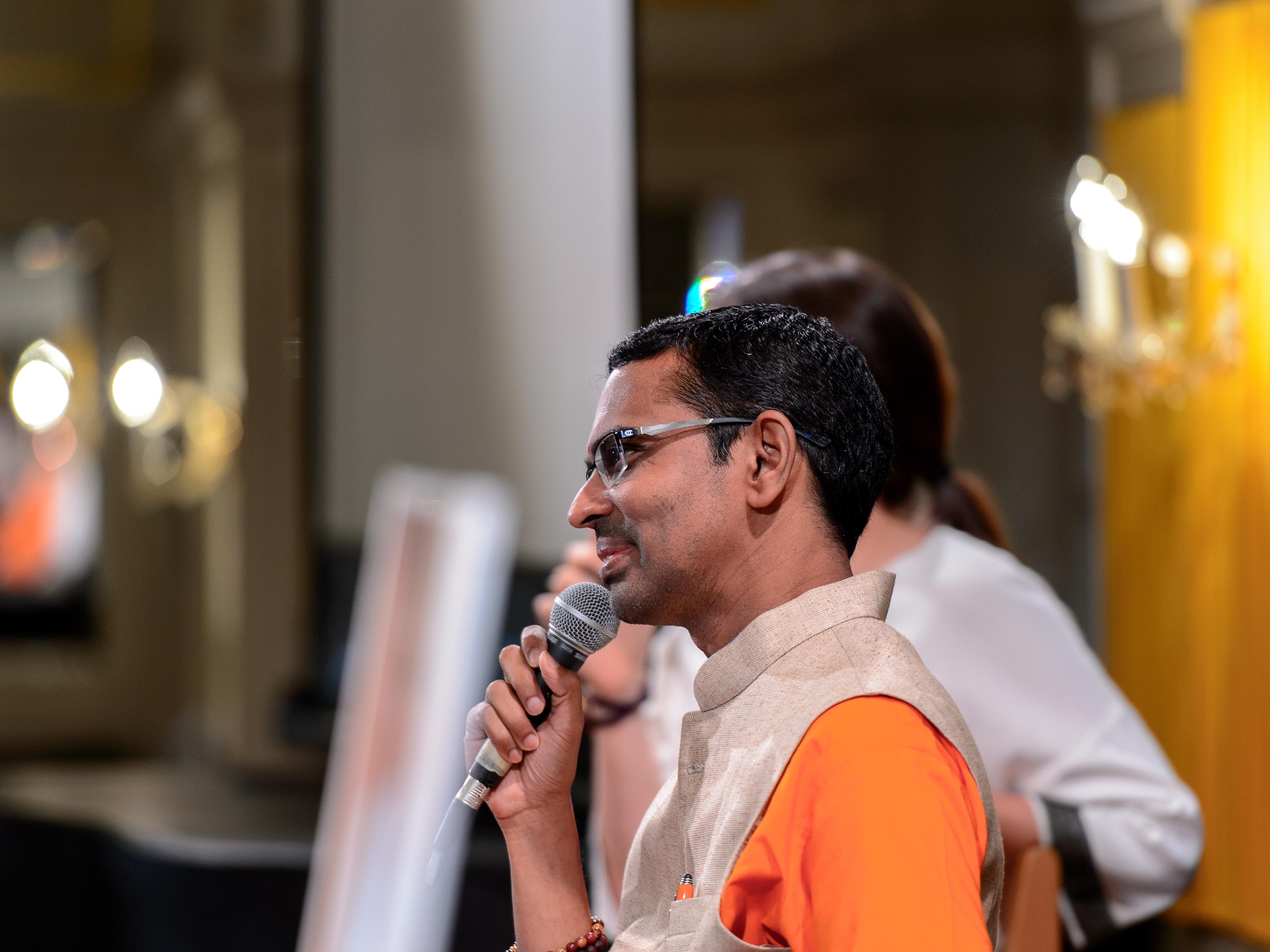 Vortrag und Bhajans mit Br. Shubamrita 2017