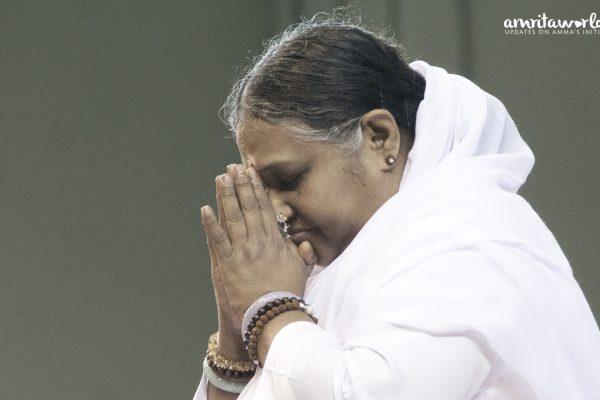 Amma betet