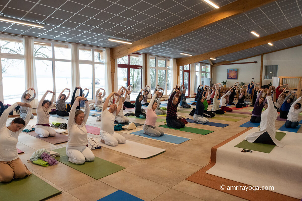 Amrita Yoga Kurs